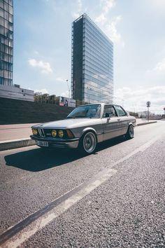 Classic BMW | Classic Bimmers | Classic Cars | Car | Car photography | dream car | collectable car | drive | sheer driving pleasure | Schomp BMW