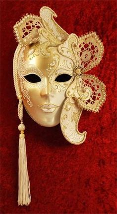 Masquerade Masks for Women - Women's Venetian Masks Venetian Masquerade Masks, Venetian Carnival Masks, Masquerade Ball, Masquerade Attire, Costume Venitien, Makeup At Home, Venice Mask, Masks Art, Clowns