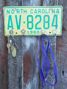 Handmade License Plate Key Holder  Jewelry by RusticRemakes