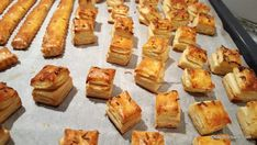 Salts with cream, cheese, butter or lard - puff pastry Baby Food Recipes, Cooking Recipes, Good Food, Yummy Food, Creative Desserts, Pastry And Bakery, Savory Snacks, Cata, Desert Recipes