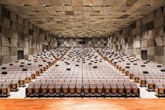 Waseda University Senior High School, Japan 早稲田大学高等学院 講堂 Auditorium