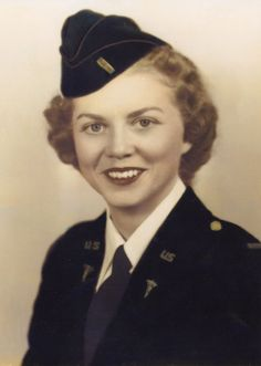 Portrait of Evelyn Henson, circa 1945 - The Betty H. Carter Women Veterans Historical Project - UNCG University Libraries