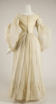 Wedding dress (image 3) | French | 1837 | cotton | Metropolitan Museum of Art | Accession #:  15.149.1a–c