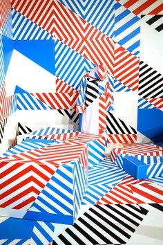 Colorful Street Art Installations by Maser – streetart Installation Street Art, Art Installations, Dazzle Camouflage, Memphis Design, Environmental Graphics, Arte Pop, Booth Design, Street Artists, Geometric Art