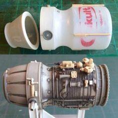 Scratchbuilding a MaK's engine from a Yakult bottle: Warhammer Terrain, 40k Terrain, Wargaming Terrain, Warhammer 40k, Arte Robot, Sci Fi Models, Spaceship Design, Modeling Techniques, Tips And Tricks