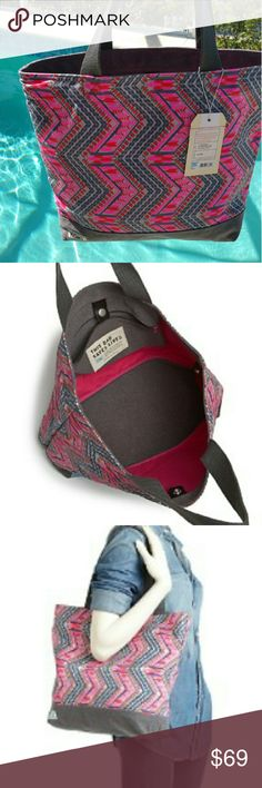 """TOMS pink tribal canvas tote, NWT TOMS Transport pink tribal zigzag canvas tote.  Spacious & sturdy in crisp cotton canvas for use as a beach bag, shopper, carryon, or whatever!   Double handles with 9"""" drop, unlined, interior zip pocket, snap tab closure.    Size:  16""""L at top x 13""""H   NEW with tags!   Posted 21June  Sold out at Bloomingdale's TOMS Bags Totes"""