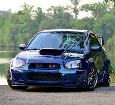 Subaru auto - fine photo