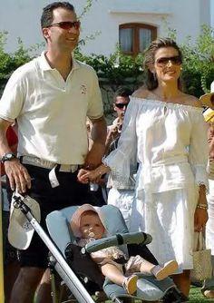 Reina Letizia de España (julio 2005-agosto 2015) - Página 3 - el Fashion Spot
