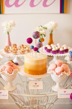 女の赤ちゃん風のベビーシャワー、糸をテーマにインスピレーション、ピンクのパーティのアイデア、黄色のパーティのアイデア、小ガモパーティのアイデア、ベビーシャワーのインスピレーション