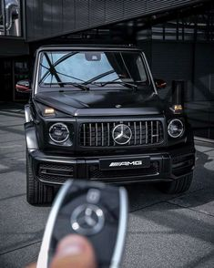 What is your dream car? 🚗 G-Wagons are just too aesthetic. Mercedes Sport, Mercedes G Wagon, Mercedes Benz G Class, Mercedes Benz Cars, Motocross, Merc Benz, Fancy Cars, Porsche, Luxury Cars