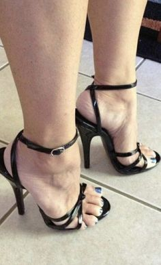 ON your knees and tongue out, left overs between my toes - Hig Heels Open Toe High Heels, Platform High Heels, Black High Heels, High Heel Boots, Super High Heels, Black Shoes, Strappy Sandals Heels, Ankle Strap Heels, Stiletto Heels
