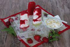 Výborné sú aj čisto jahodové bez jogurtu. Len rozmixované jahody s trochou vody, medu a citrón šťavy.