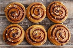 Have dessert for breakfast with these delicious cinnamon pinwheel cookies. Sweet, crisp, and a wonderful treat for the whole family! Cinammon Rolls, Pinwheel Cookies, Cinnamon Roll Cookies, Kinds Of Cookies, Pastry Brushes, Brunch, Creative Food, Cookie Bars, Cookie Recipes