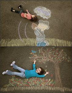 sidewalk chalk scenes for each season - So stinking cute! Chalk Photography, Creative Photography, Amazing Photography, Projects For Kids, Art Projects, Crafts For Kids, Chalk Photos, Library Pictures, Sidewalk Chalk Art