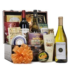 Gourmet Tastes Trunk - Gourmet Gift Baskets For All Occasions Wine Gift Baskets, Gourmet Gift Baskets, Fathers Day Baskets, California Wine, Dried Fruit, Corporate Gifts, Holiday Gifts, Gift Wrapping, Treats