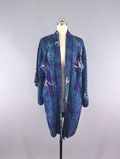 Vintage Kimono / Silk Robe / Vintage Haori / Robe #vintage #kimono #1940s #haori #kimonocardigan #kimonojacket #vintagekimono #somethingblue #lingerie