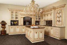 Cucine classiche su misura: portare il lusso tra mensole e piani ...