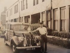 Another pic of my handsome gramps (1941) http://ift.tt/2xu8u7z