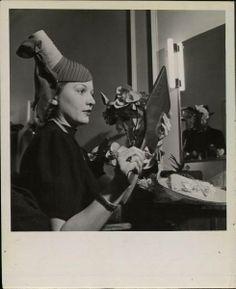 . Quirky Fashion, 1930s Fashion, Claire Mccardell, Vintage Headpiece, Fairytale Fashion, Beauty Guide, Fascinators, Headpieces, Headgear
