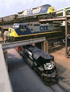 #Triple #Crossing in #Richmond, #Virginia.  #locomotive #photo #train #railway #history #motor #engine #black #USA