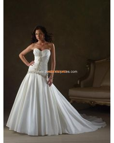 Modest Style Sweetheart Beaded Satin Hot Selling Wedding Dre...