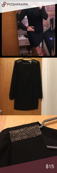Black long sleeve dress Black long sleeve dress. Sleeves are transparent. Great for a night out ❤️ Forever 21 Dresses Long Sleeve