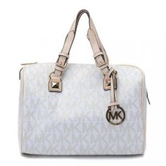 Michael Kors Bag - Fashion and Love