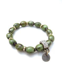 Kralenarmbanden - bronze bracelet with green ceramic beads (S-538c) - Een uniek product van DomesDesign op DaWanda