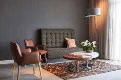 ZWAARTAFELEN I Interieur bij Hotel-Restaurant De Kaserne in Den Bosch. Inrichting van Zwaartafelen I #interieur #interior #horeca #bar #hotel #restaurant I www.zwaartafelen.nl