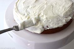 Easy Lime Cake with Cream Cheese Frosting is so simple and tastes amazing. Amazing and flavorful cake. Healthy Apple Desserts, Lemon Desserts, Lemon Recipes, Sweet Recipes, Cake Recipes, Lime Cake Recipe, Key Lime Cake, Coconut Pound Cakes, Lemon Cake Mixes
