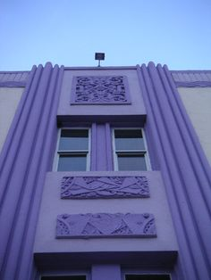 #MIAMI BEACH ART DECO BUILDING