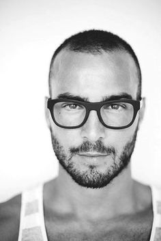 Best Short Hairstyle For Men Who Are Balding with tight beard