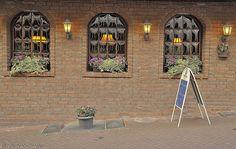 street side cafe' in Kleve, Germany.