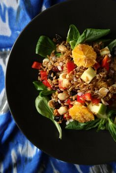 Vegan farro salad with citrus vinaigrette — the perfect brown-bag lunch for getting your ancient grains fix.