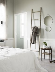 Simple relaxed bedroom