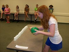 Played this with the Alajuelita ladies in August.  So fun!  Minute to Win It: Million Dollar Redemption