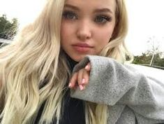 Image about girl in Dove Cameron by Athena on We Heart It Liv Y Maddie, Dov Cameron, Dove And Thomas, Tmblr Girl, Isabelle Drummond, Dove Cameron Style, Cameron Boyce, Wattpad, Sabrina Carpenter