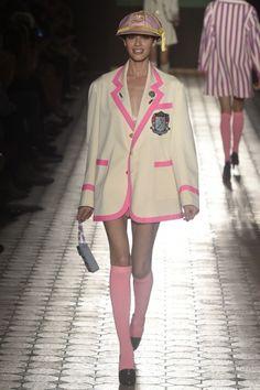 Cheap Women S Fashion Blazers Pink Fashion, Paris Fashion, Love Fashion, Runway Fashion, Fashion Show, Autumn Fashion, Womens Fashion, Fashion Spring, Olympia Le Tan
