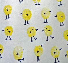 Easy Easter crafts for kids: chicks fingerprint art. So simple and cute!