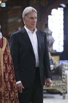 Mark Harmon as Gibbs in Personal Day - ep13.02.