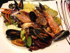 Seafood❤  Toulon restaurant.