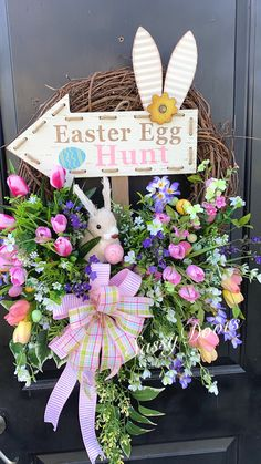 Bring your Easter basket to your door with this adorable door decor Spring Door Wreaths, Easter Wreaths, Summer Wreath, Wreaths For Front Door, Egg Hunt, Easter Baskets, Easter Bunny, Sassy, Christmas Ornaments