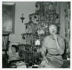 Just having a fag by the tree…  the nails, the glasses and tinsel captures the 50's perfectly!