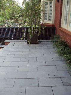 bluestone paving pattern