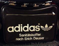 MICK'S FLAT_Adidas suitcase_real prop