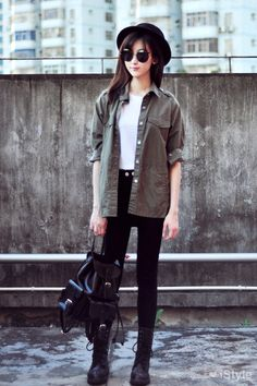 Click For More Asian Street Fashion! | Raddest Looks On The Internet http://www.raddestlooks.net