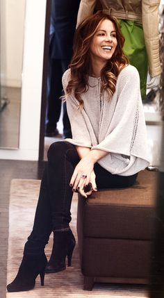 Kate Beckinsale- perfect hair, perfect clothes, perfect style.
