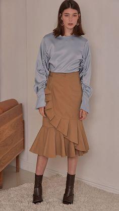 £85 Azoür Blouse – LOÉIL http://theloeil.com/collections/new-arrivals/products/azour-blouse-blue