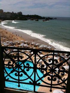 FIRST CLASS - Biarritz chic