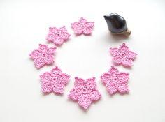 Flower Applique, Crochet Light Pink Star Flowers, Embellishment, Pale Light Pink, Set of Party De Crochet Stars, Cute Crochet, Crochet Embellishments, Star Flower, Pink Stars, Craft Corner, Flower Applique, Pale Pink, Crochet Necklace